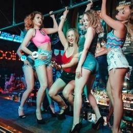 Требуются девушки хостес и Танцовщицы