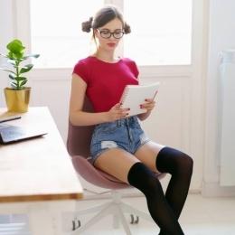 Работа для девушек, с быстрым заработком, Москва