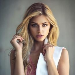 Требуются на работу в известное и раскрученное европейское агентство , привлекательные девушки!&
